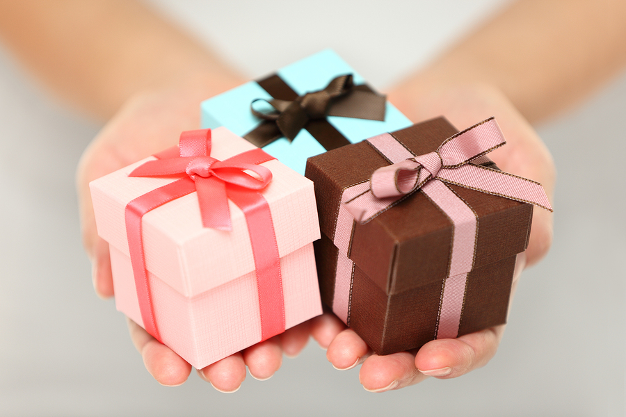 Lovely Gift Ideas to Surprise Your Sister this Christmas Day
